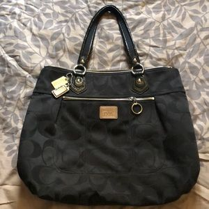 Large coach bag black, pink inside